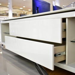 Lincoln Low TV Cabinet Off-white/Natural  PB