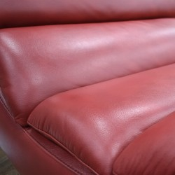 Russo Chaise Red Leather Gel